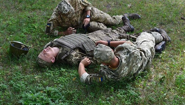 За Родину и Порошенко: Чего стоит офицерская честь в современной Украине