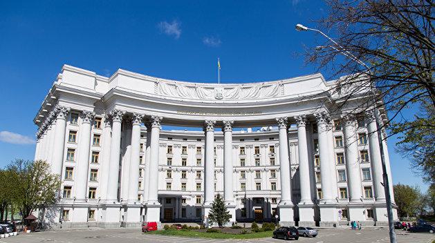 Украина обратилась к РФ  стребованием отказаться отвоинского призыва вКрыму
