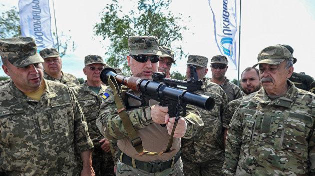 Турчинов пригрозил наступлением в Донбассе