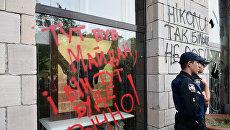 """В Киеве разгромили магазин из-за стертых граффити времен """"евромайдана"""""""