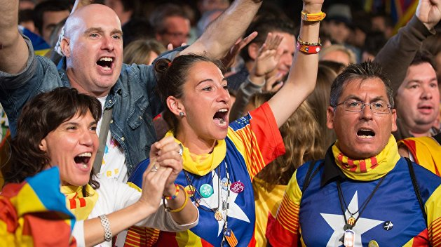 Около 337 человек пострадали вКаталонии в итоге действий милиции