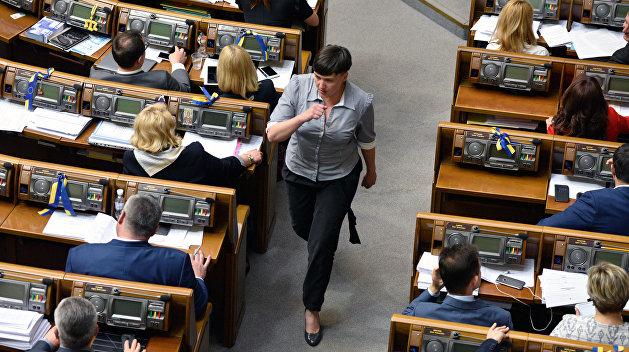 Савченко иБереза устроили перепалку из-за закона остатусе Донбасса