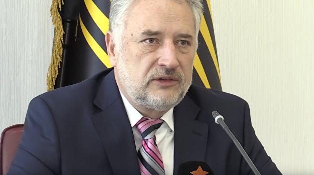 Кабмин Гройсмана одобрил отставку Жебривского