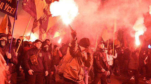 Сенатор от Крыма: Киев поощряет националистов