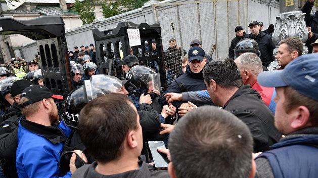Савченко оборганизаторах митинга вКиеве: Хотят попасть к«провластному корыту»