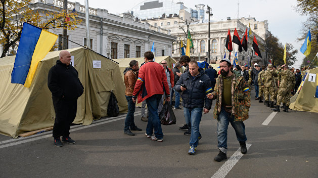 Суд вКиеве потребовал возбудить уголовное дело против Порошенко