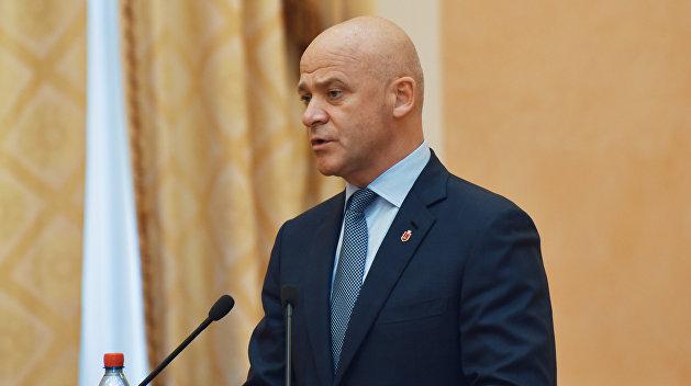 По ком звонит колокол: Ультраправые дружинники устроили потасовку на суде по делу Труханова