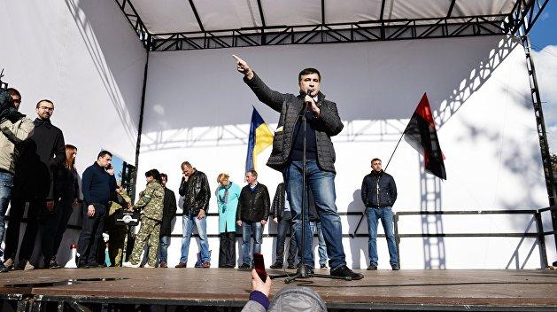 Аваков обвинил Олейника в финансовом снабжении палаточного городка уРады