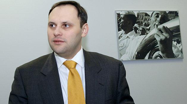 Первый пошел: Каськива экстрадировали из Панамы на Украину