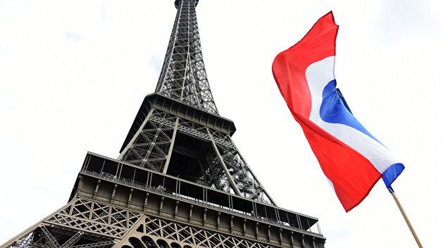 Франция посоветовала Польше снять смирительную рубашку национализма