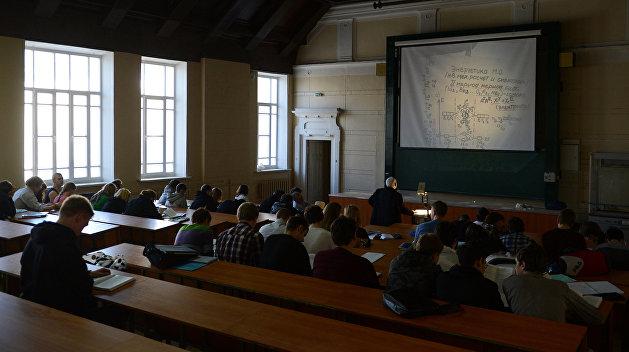 «Домой из-за мороза»: высшее образование Украины ждут изменения этой зимой