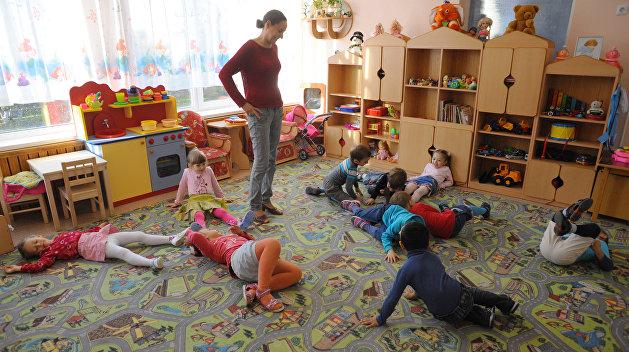 В Николаеве воспитательница избила ребенка ногами на глазах у матери