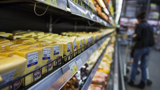 «Сложно вклиниться в Европу»: в США сообщили о невостребованности украинских молочных продуктов в ЕС — RT