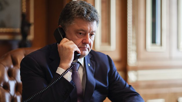 Порошенко отметил годовщину «Минска» с Путиным