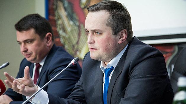 Луценко попросил Парубия вернуть Холодницкого и Сытника из США телеграммой