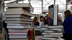 Поклонская, Прилепин, Вассерман и все-все-все: На Украине запретили 137 книг