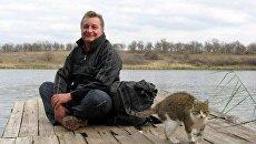 Бывшие пленные ополченцы и политзаключенные в Донецке лечатся, едят и смотрят телевизор