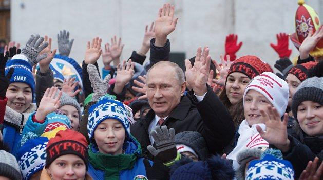 «Взгляд»: В России наступает золотое десятилетие детства