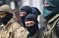 «Порохобота» Мирослава Олешко забросали яйцами в Киеве