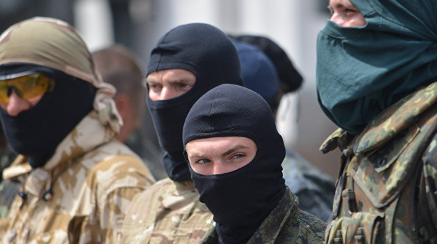 Как радикалы вместе с депутатами в Черкассах бюджет принимали