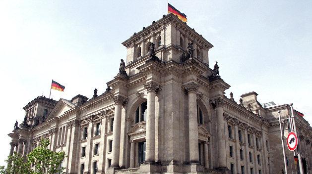 Депутаты Бундестага продолжат визит в Крым вопреки угрозам Киева