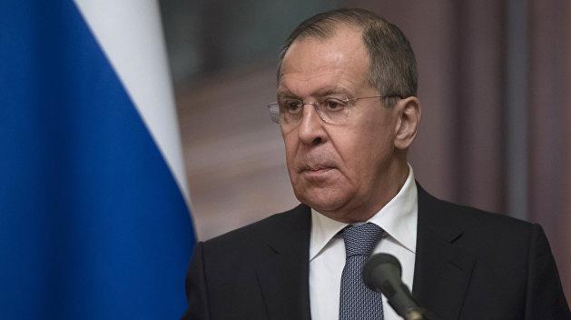 Лавров: Выполнение Киевом международных обязательств буксует