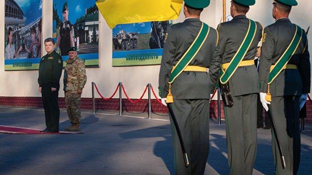 Strana.ua: Охранник Порошенко самоубился на посту