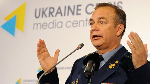 Генерал Романенко: Независимость подорвала обороноспособность Украины, а Венгрия этим воспользовалась