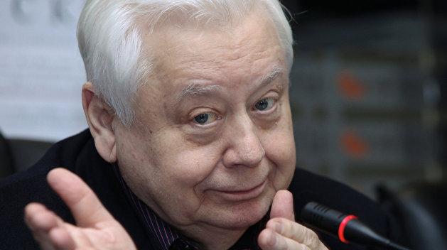Актер и гражданин - два разных человека: Соцсети вспоминают Олега Табакова