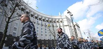 Предпродажная подготовка: «азовцы» засуетились перед выборами