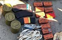 Почти центнер взрывчатки и тысяча гранат: Украинская полиция собрала урожай по весне