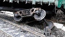В Казахстане с рельсов сошел пассажирский поезд