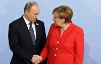 Меркель рассказала Путину о переговорах с Макроном и Порошенко