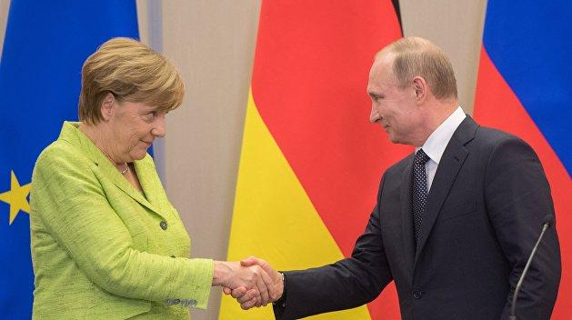 Кремль сообщил, зачем Меркель едет в Сочи