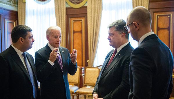 Суета вокруг премьера: Посадит ли Аваков Порошенко в тюрьму