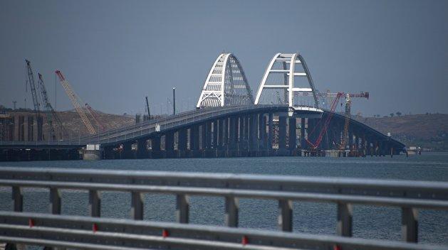 Порошенко: Крымский мост понадобится России, чтобы бежать с полуострова