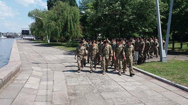 Украинские морпехи взбунтовались против «голубых беретов» Порошенко