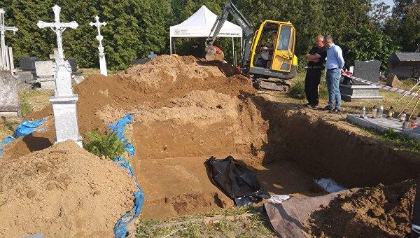 Война гробов: могильный запах Польско-украинского конфликта
