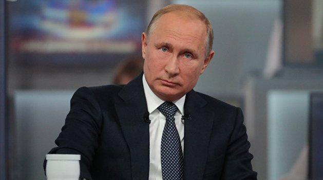 Путин: Власти Украины не способны решить проблему Донбасса