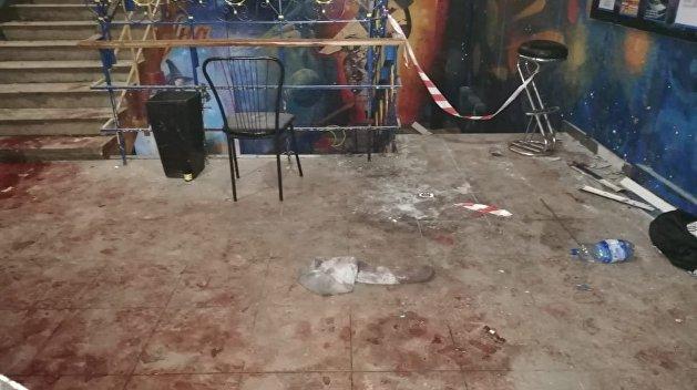 Количество пострадавших от взрыва гранаты в украинском клубе увеличилось