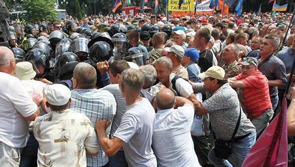 Штурм Рады: призрак социальных протестов